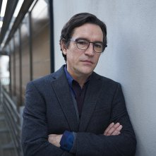Kiss Me First: Ben Chaplin nell'episodio Make It Stop