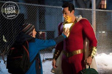 d76613c25ac0 Shazam!, il costume dell'eroe è costato 1 milione di dollari ...