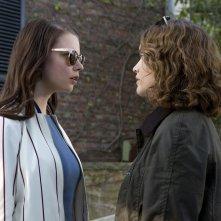 Amiche di sangue: Anya Taylor-Joy e Olivia Cooke in una scena del film