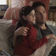 Ant-Man and the Wasp: Abby Ryder Fortson e Paul Rudd in una scena del film