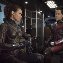 Ant-Man and the Wasp: Evangeline Lilly e Paul Rudd in una scena del film