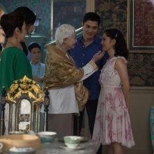 Crazy & Rich: Michelle Yeoh, Gemma Chan, Henry Golding e Constance Wu in una scena del film