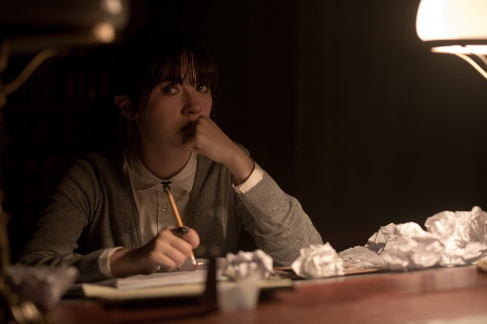 Dark Hall: Isabelle Fuhrman in un'immagine del film