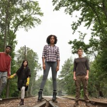 Darkest Minds: Skylan Brooks, Amandla Stenberg, Harris Dickinson e Miya Cech in un momento del film