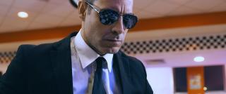 Fino all'inferno: Michael Segal in una scena del film