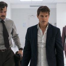 Mission: Impossible - Fallout: Tom Cruise, Henry Cavill e Rebecca Ferguson in una scena del film