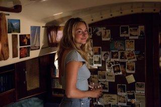 Resta con me: Shailene Woodley in una scena del film