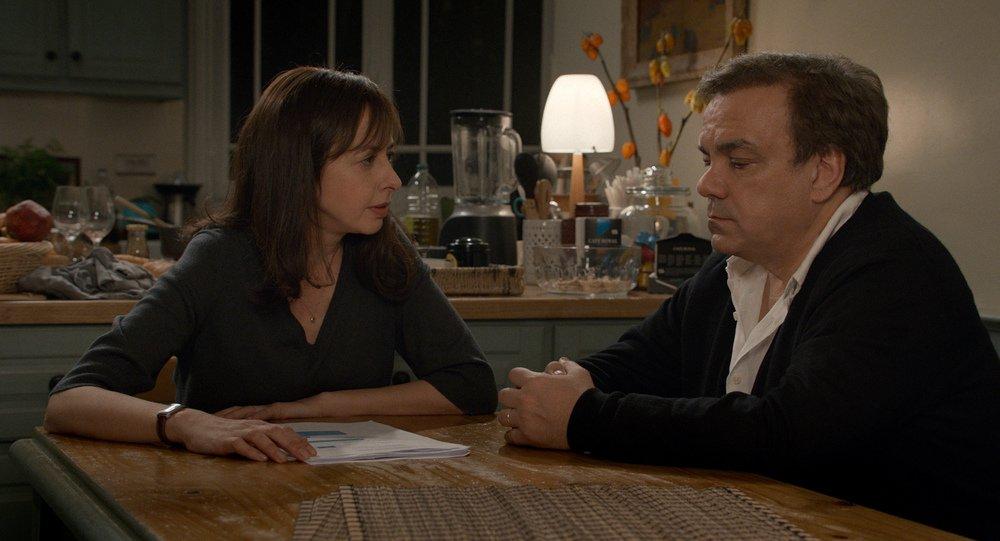 Un marito a metà: Valérie Bonneton e Didier Bourdon in una scena del film