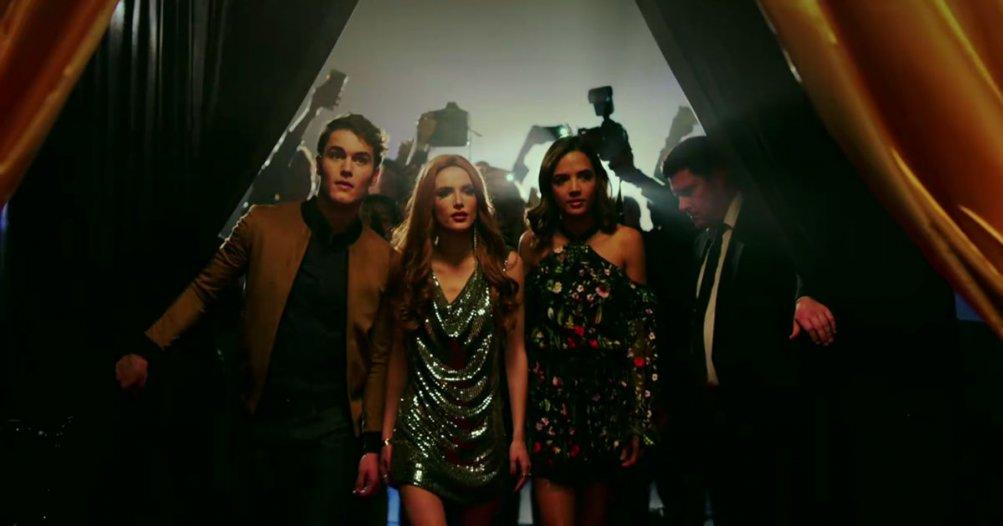 Famous in love: una foto promozionale della serie