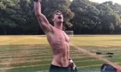 Men In Black: Chris Hemsworth mostra i muscoli durante gli allenamenti!