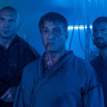 Escape Plan 2 - Ritorno all'inferno: Sylvester Stallone e Jesse Metcalfe in una scena del film