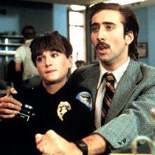 Arizona Junior: Nicolas Cage e Holly Hunter in una scena