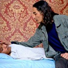 Sembra mio figlio: Basir Ahang e Dawood Yousefi in una scena