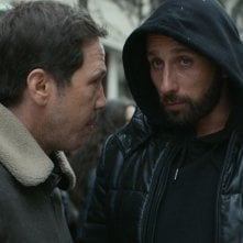 Close Enemies: Matthias Schoenaerts e Reda Kateb in una scena del film