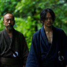 Killing: Sosuke Ikematsu e Tatsuya Nakamura in una scena del film