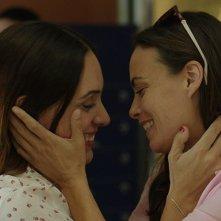 Il Segreto di una famiglia: Martina Gusman e Berenice Bejo in un momento del film
