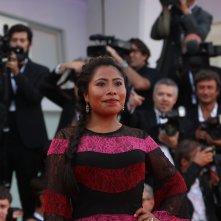 Venezia 2018: Yalitza Aparicio sul red carpet di Roma