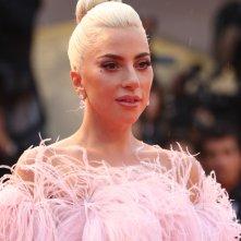 Venezia 2018: un primo piano di Lady Gaga sul red carpet di A Star is Born