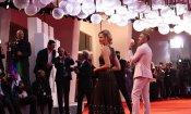 Dakota Johnson e Tilda Swinton sul red carpet di Suspiria a Venezia 75