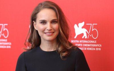 "Vox Lux, Natalie Portman: ""Paragonarmi ai miei personaggi mi rende nervosa"""