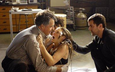 Fringe: 5 cose che (forse) non sapete sulla serie di J.J. Abrams