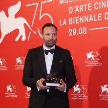 Venezia 2018: Yorgos Lanthimos al photocall dei premiati