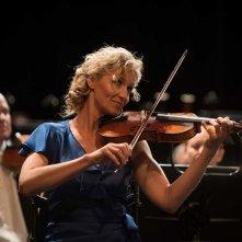 Tutti in piedi: Alexandra Lamy in una scena del film