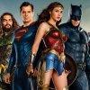 Justice League: Zack Snyder condivide la prima foto originale con gli eroi insieme