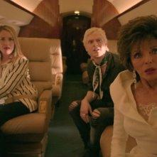 American Horror Story - Apocalypse: Joan Collins, Leslie Grossman e Evan Peters in una scena