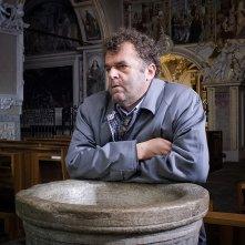 Oltre la nebbia - Il mistero di Rainer Merz: Pippo Delbono in un momento del film