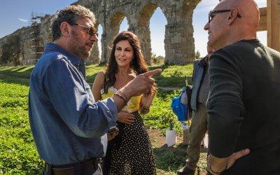 Ricchi di fantasia: Castellitto, Ferilli e gli italiani filosofi e gaglioffi