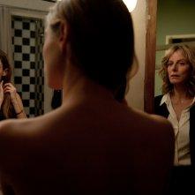 Il complicato mondo di Nathalie: Karin Viard e Dara Tombroff in una scena del film