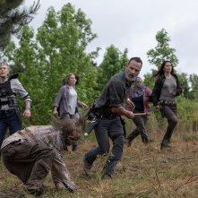 The Walking Dead 9: Andrew Lincoln in una foto dell'episodio The Bridge