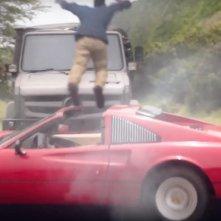 Magnum P.I.: una scena d'azione della serie