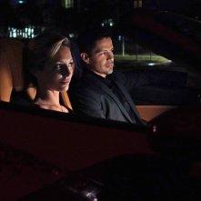 Magnum P.I.: una foto di Perdita Weeks e Jay Hernandez