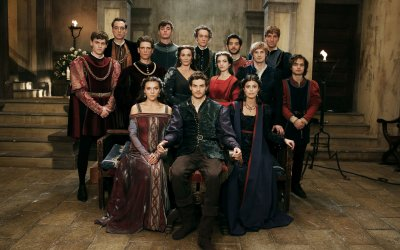"""I Medici 2, Frank Spotnitz e il cast: """"Abbiamo portato un po' di stile americano nella Rai"""""""