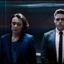 Bodyguard: Richard Madden e Keeley Hawee in una scena