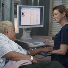 Grey's Anatomy: Ellen Pompeo in una foto della quindicesima stagione
