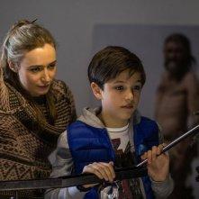 Ötzi e il mistero del tempo: Diego Delpiano e Deirdre Mullins in una scena del film