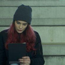 Zen sul ghiaccio sottile: Susanna Acchiardi in una scena del film