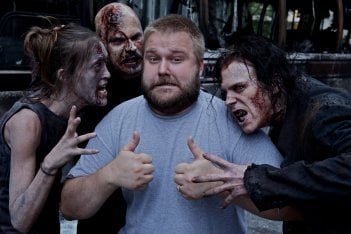 1509653167 Kirkman With Zombies