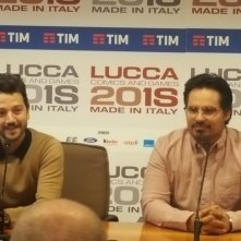 Narcos: Messico, Michael Pena e Diego Luna in conferenza a Lucca Comics & Games