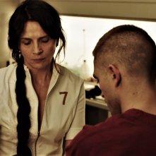 High Life: Juliette Binoche e Robert Pattinson in una scena del film