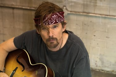 Naked Ethan Hawke. Naked pictures