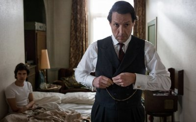Recensione A Very English Scandal: un (altro) memorabile scandalo per Hugh Grant
