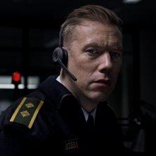 The Guilty: Jakob Cedergren in un'immagine del film