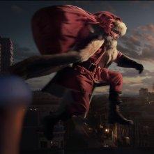 Qualcuno salvi il Natale: una scena con Kurt Russell