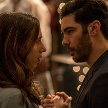 The Kindness of Strangers: Zoe Kazan e Tahari Rahim in una scena