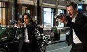 Men in Black International: Chris Hemsworth e Tessa Thompson in azione in una nuova foto