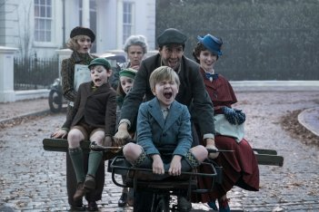 Mary Poppins Returns: una vivace scena corale